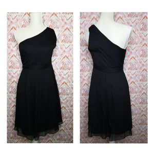 J.Crew Size 4 Black One Shoulder Dress Black Flowy